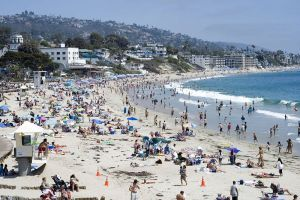Laguna Beach, California image from Wikipedia